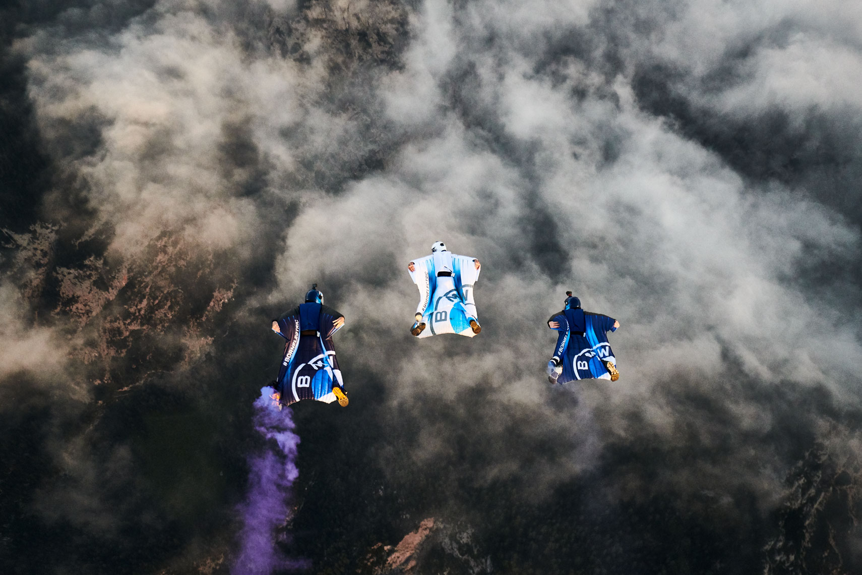RD_200910_BMW_WINGSUIT_04367